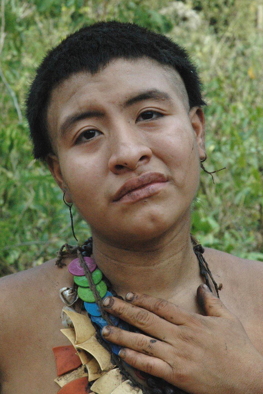 9cccf07baf_Akuntsu_Femme_TribuAmazonienne_SurvivalInternational_02