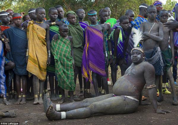 etiopes-compiten-por-ser-los-mas-gordos-2